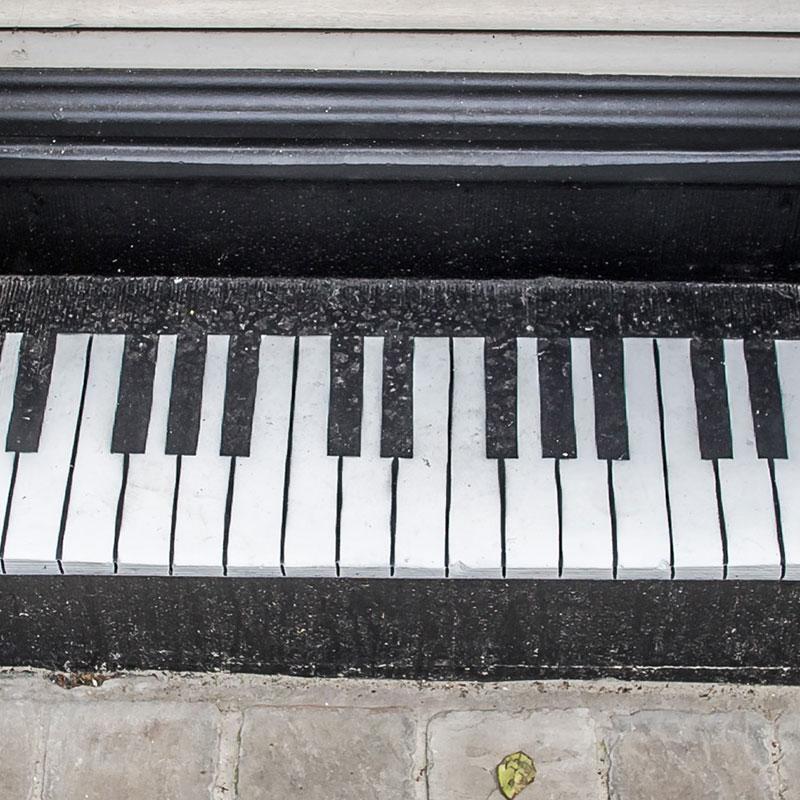 Oakoak// Le petit piano urbain